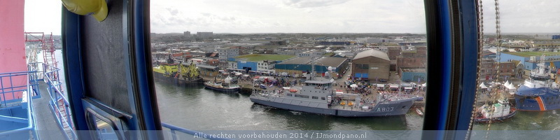 Havenfestival IJmuiden 2014 vanaf havenkraan Nijlpaard