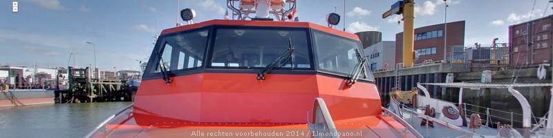 Nieuwe reddingboot Nh1816 en hoofdkantoor KNRM, IJmuiden